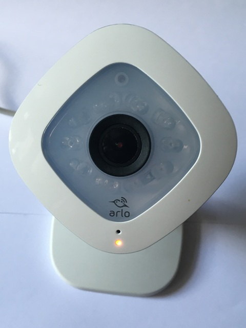 Arlo Q 1080p HD Security Camera with Audio von Netgear