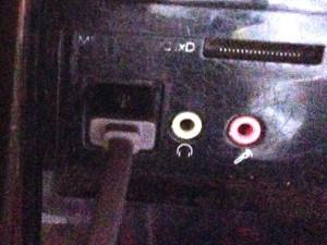 Leicke KanaaN USB Kabel 1.8m Länge an meinen PC angeschlossen