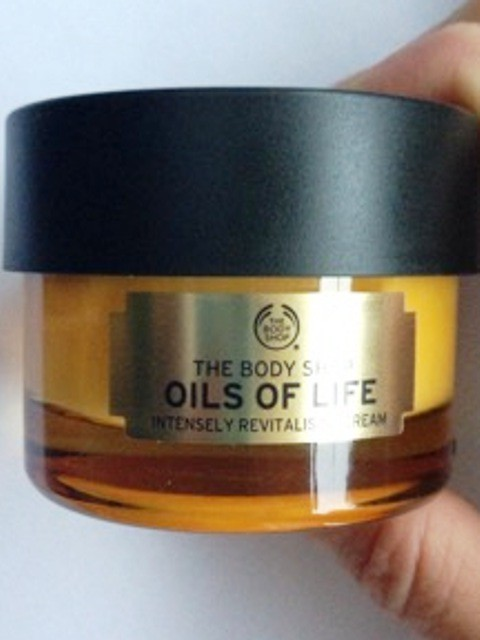 "Oils of Life ""Cream"" von The Body Shop"