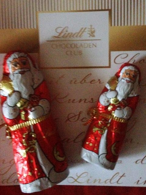 Lindt Chocoladen-Box, 2 Weihnachtsmänner
