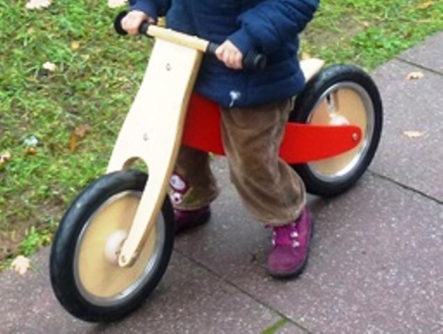 Laufräder für Kinder, Quelle: _Gila Hanssen_pixelio.de