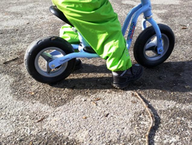 Laufräder für Kinder, Quelle:_pixplosion_pixelio.de