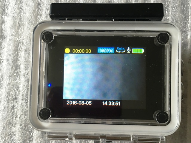 VTIN WIFI & 2,0 Zoll Sport Action Kamera Full HD von VICTSING die Rückseite