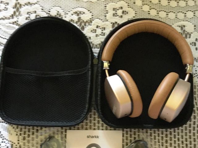 SHARKK Bluetooth 4.0 Aluminium Kopfhörer in der Schatulle