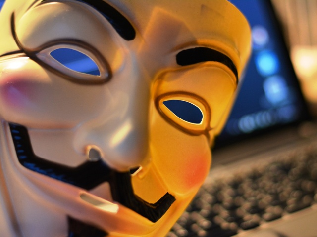 Cyberangriffe, Quelle: R_B_by_glawo_pixelio.de