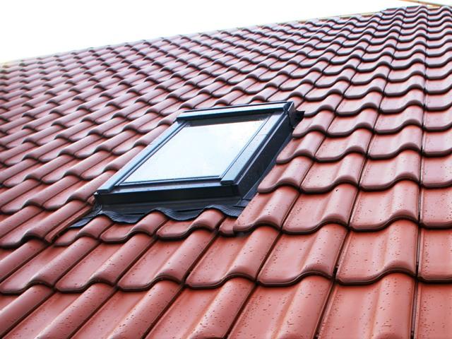 Dachfenster, Quelle: Rainer Sturm_pixelio.de