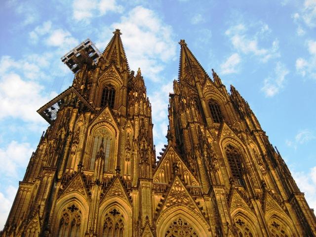 Städtereise nach Köln, Die Türme des Kölner Dom, Quelle: Andreas Agne_ pixelio.de