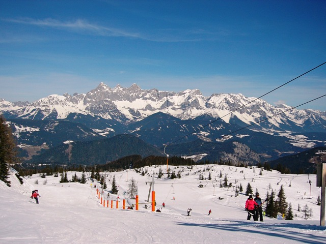 Skiurlaub, Dachstein, Quelle: Karl-Heinz Liebisch_pixelio.de