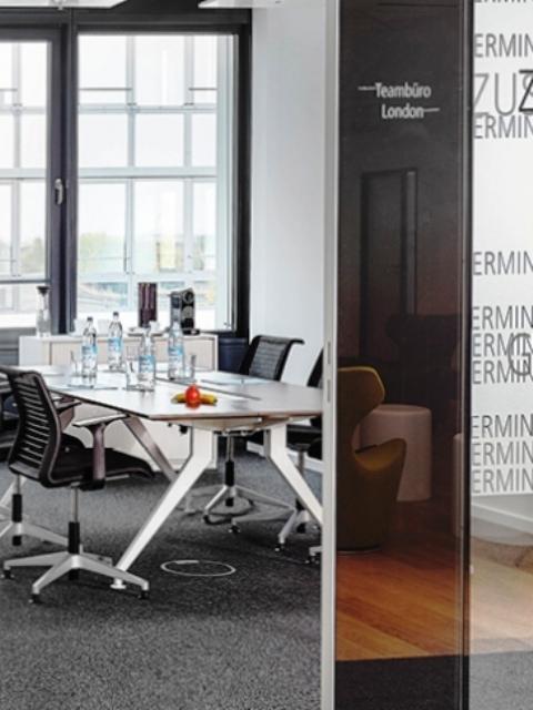 Büro am Flughafen, Seminar- und Konferenzraum mieten,  Quelle: AGENDIS