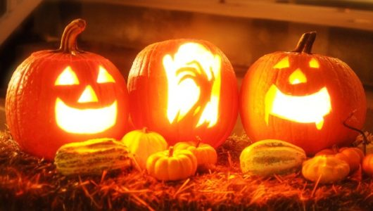 Eine Halloween-Party in den eigenen vier Wänden planen