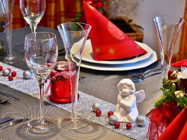 Tischdeko zu Weihnachten, Quelle: pixabay
