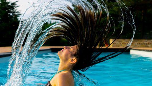 Die ideale Haarpflege im Sommer