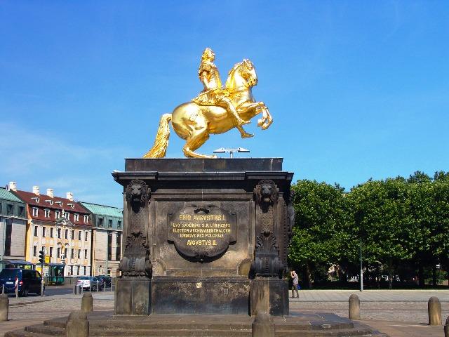 Dresden, Der goldene Reiter, Bild von Hans Hansen, auf Pixabay