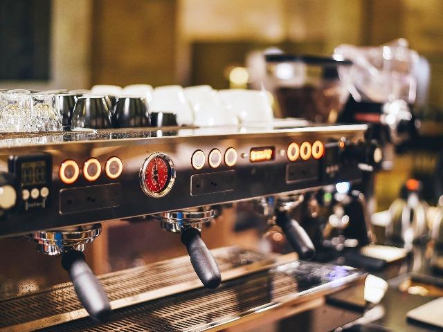 Kaffeemaschine entkalken, Bild von Pexels auf Pixabay