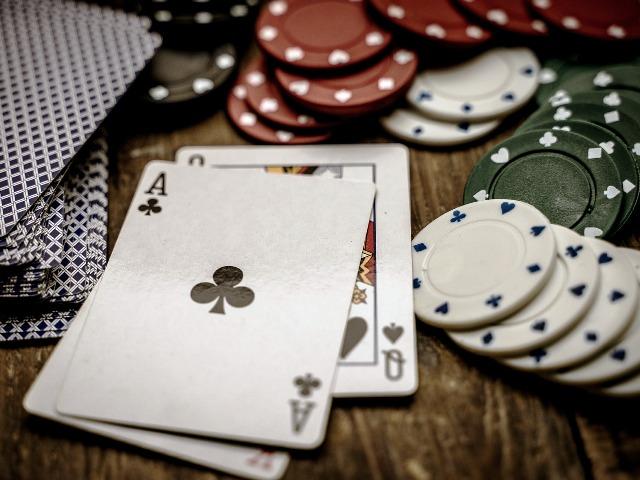 Poker-Grundlagen, Bild von Thorsten Frenzel auf Pixabay